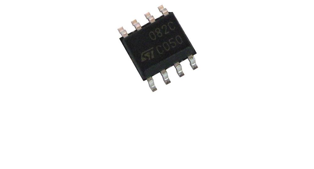 DUAL OP AMP, SURFACE MT.