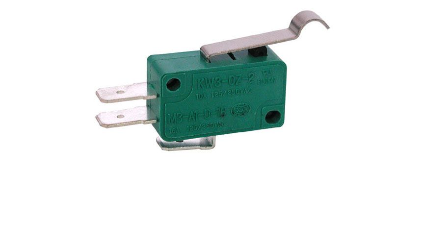 SPDT 10A SNAP-ACTION SWITCH W/ CURVE TIP LEVER
